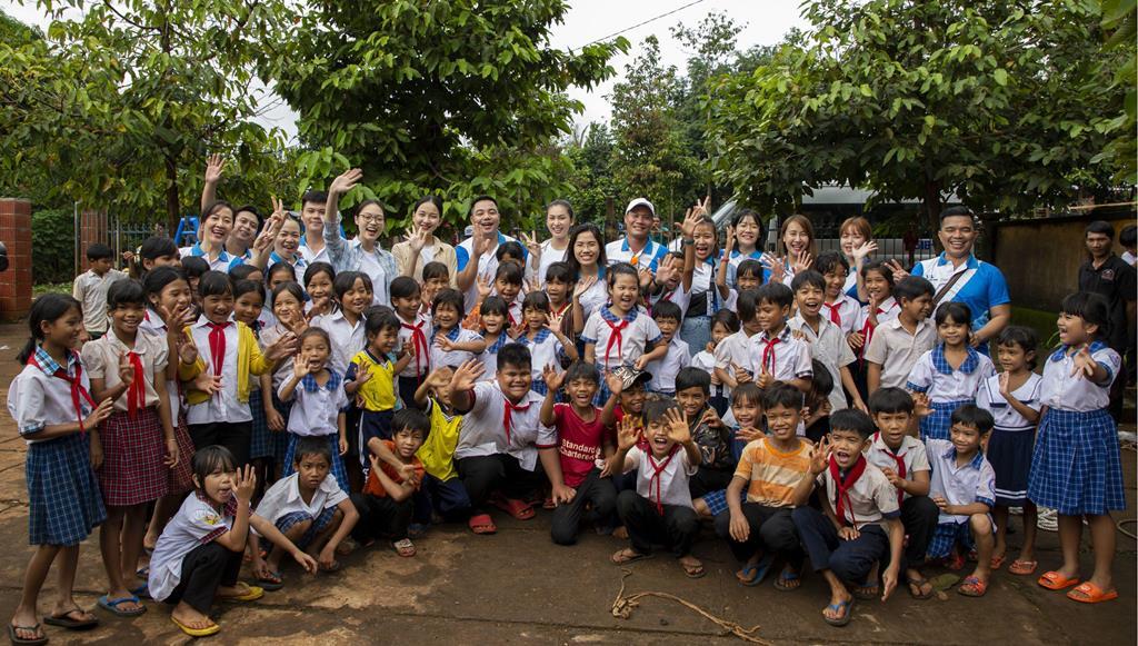 Khải Hoàn Land tặng tủ sách cho trường Tiểu học ở Bình Phước